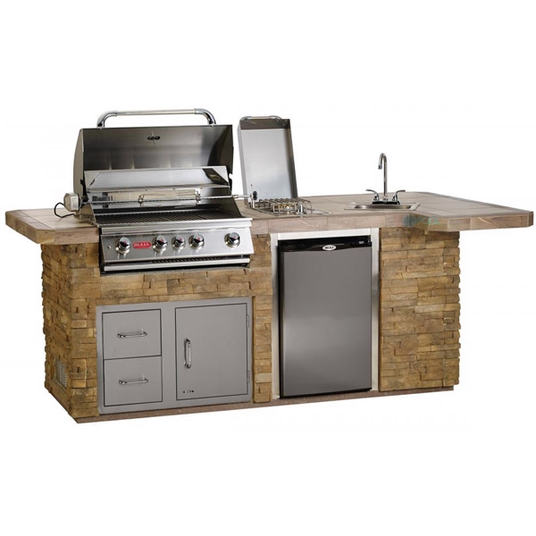 Bull Outdoor Products BBQ Island In Stucco
