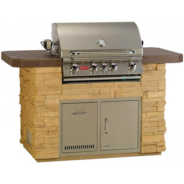 Gourmet Q Outdoor Grill Island By Bull Outdoor Products: Bull Outdoor Products Master Q Island In Rock Or Brick