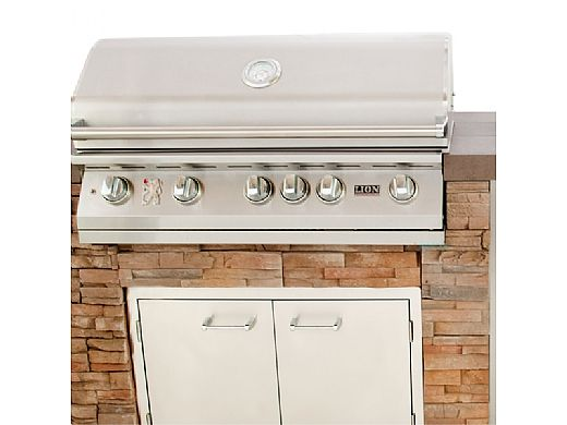 Lion Premium Grill Islands Quality Q with Rock or Brick Natural Gas | 90114NG
