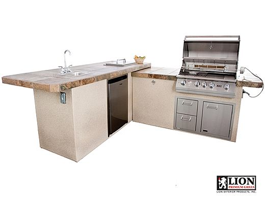 Lion Premium Grill Islands Commercial Q with Stucco Natural Gas   90116NG