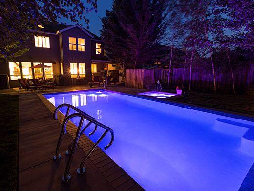 SR Smith Treo White LED Underwater Pool Light   5 Watt 12V 80' Cord   8 Light Bulk Pack   FLED-W-TR-PK8